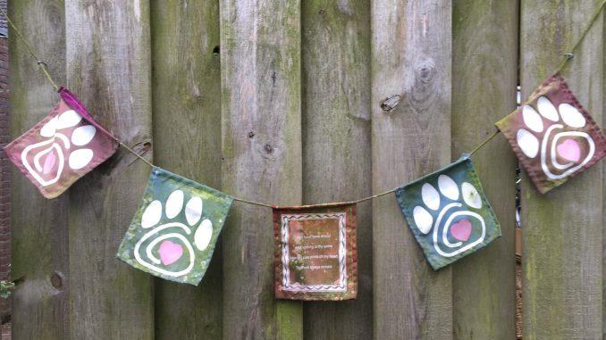 verweerde-gebedsvlaggetjes-jinn-pet-prayer-flags-herdenkingsvlaggetjes-voor-huisdieren